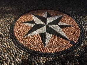 mosaico in ciottoli  per pavimento