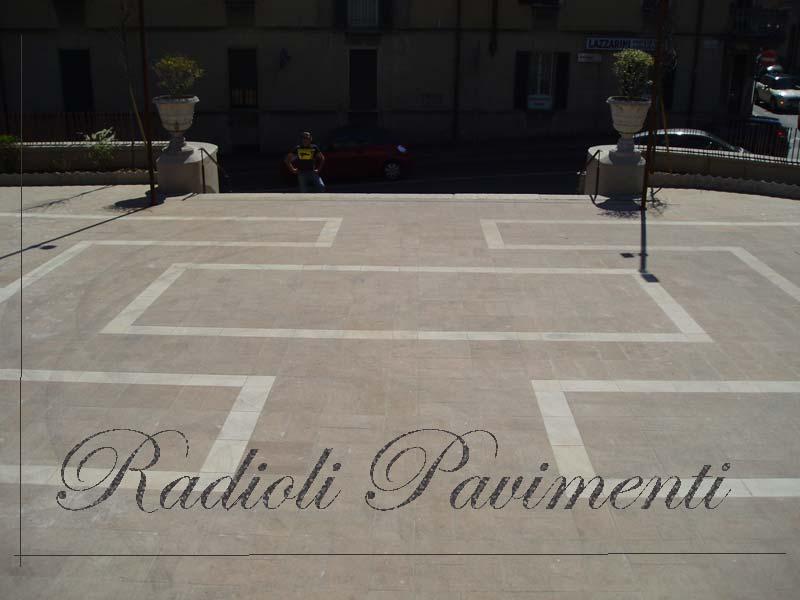 pavimento piazzale in porfido