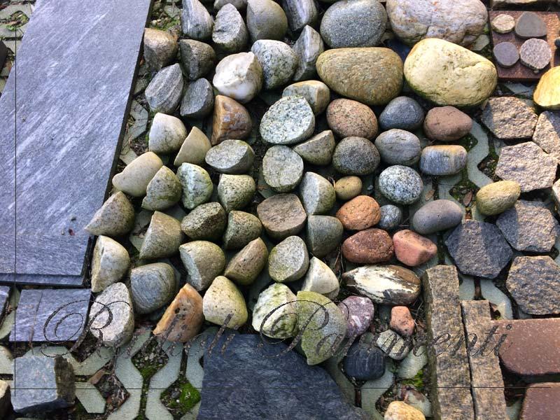 pietra per pavimento esterno ciottoli naturali e tranciati