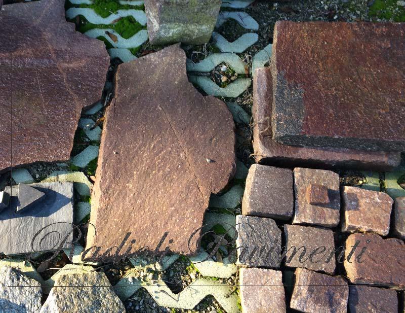 pietre per pavimenti esterni in porfido a mosaico e cubetti