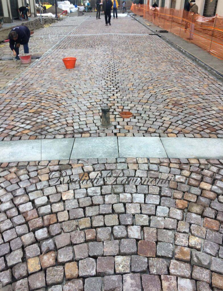Costruzione di pavimento in pietra Desio Corso Italia prodotti Mapestone Mapei