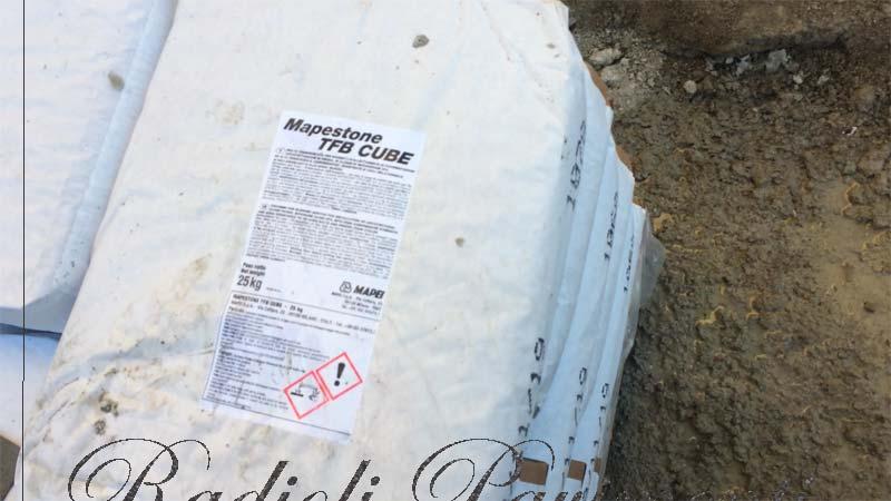 malta premiscelata Mapecube Mapestone per pavimenti in pietra