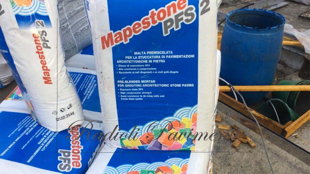 Sigillante Stucco Mapestone PFS 2 per pavimenti in pietra